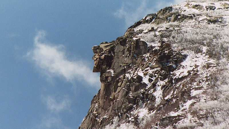 This photo depicts the Old Man of the Mountain on April 26, 2003, seven days before the collapse.