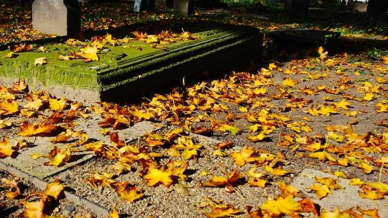 Generic Cemetery 050913