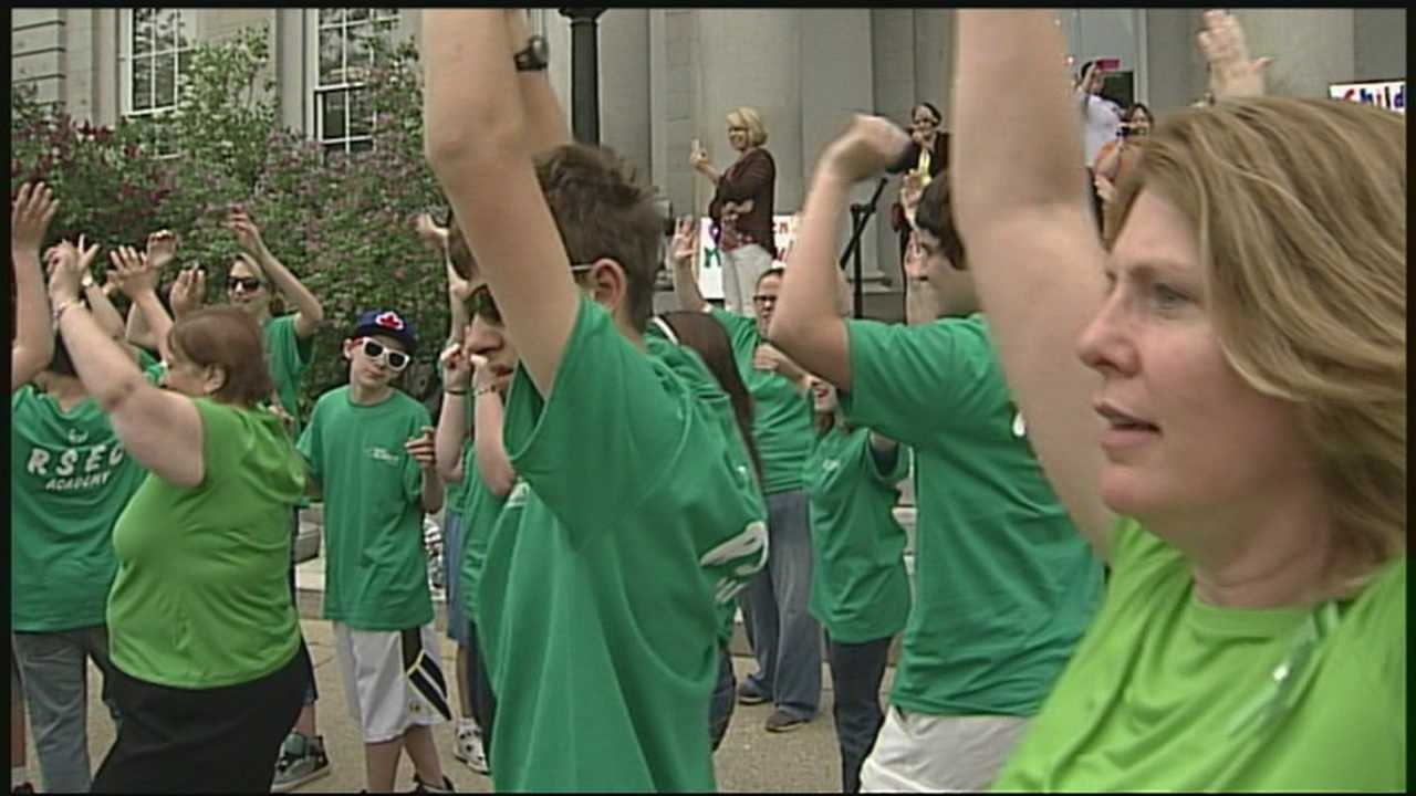img-State house flash mob