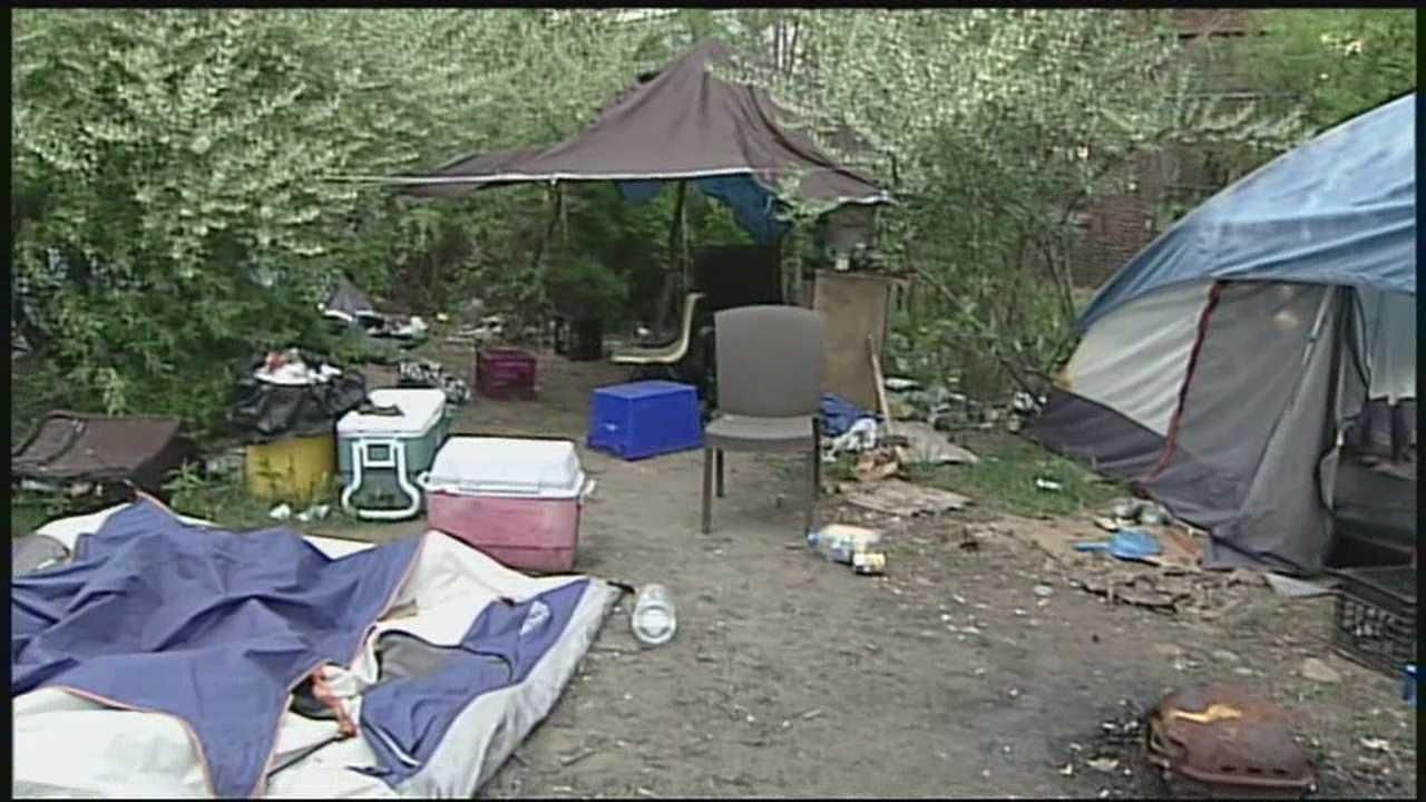 Homeless men file lawsuit against state