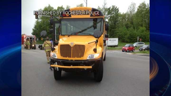 img-Gonic school bus ax