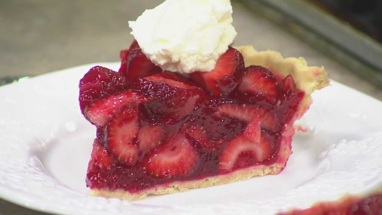 In today's Cook's Corner, Eric Helgemoe prepares fresh strawberry pie.