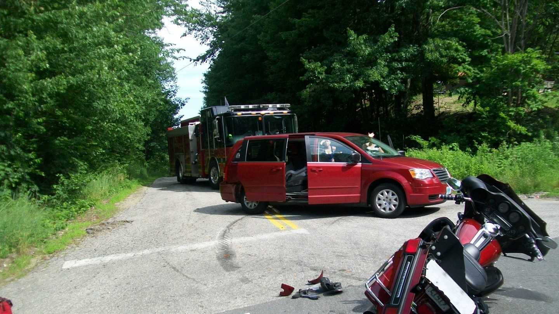 2 motorcycles, van involved in Rochester crash