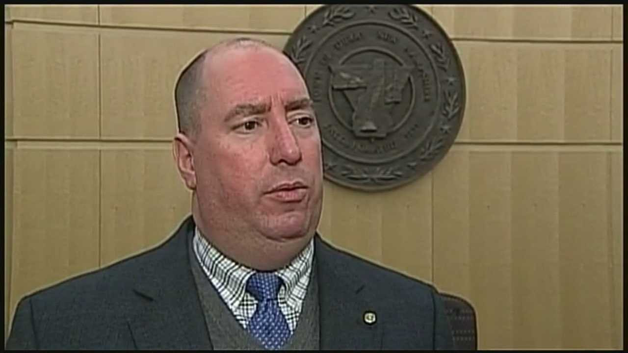 Derry town administrator on paid leave