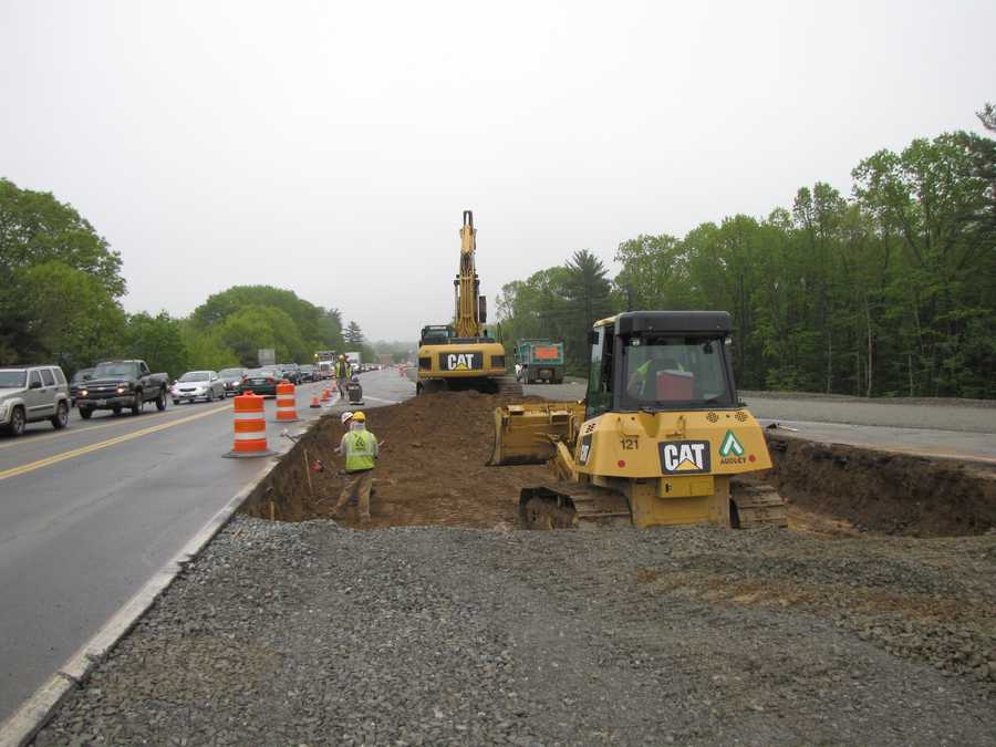 NH DOT is currently widening a section of NH Route 107 and the NH 107 Bridge over I-95 in Seabrook.