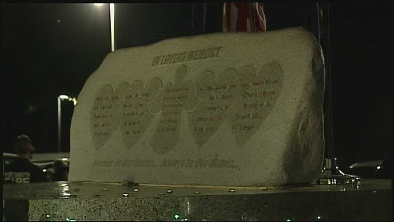 A granite memorial for the students killed in the Sandy Hook Elementary School tragedy made a stop in the Granite State on Saturday.