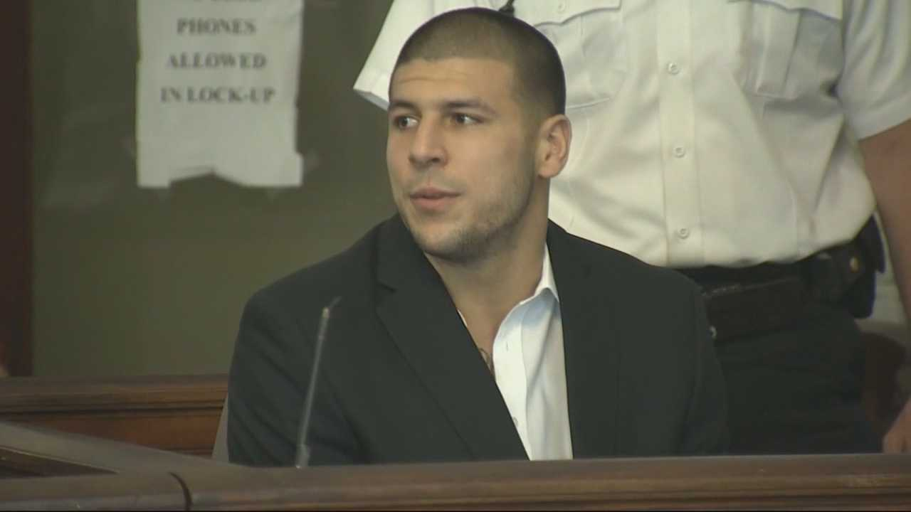img-Article claims ex-Patriot Aaron Hernandez steady user of drugs