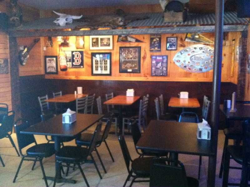 13) Boondocks Tavern & Country Grill, Weare