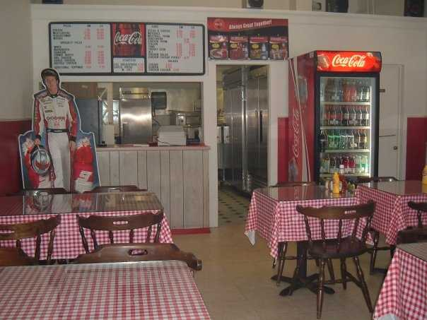 Tie-16) Sunny's House of Pizza in Whitefield