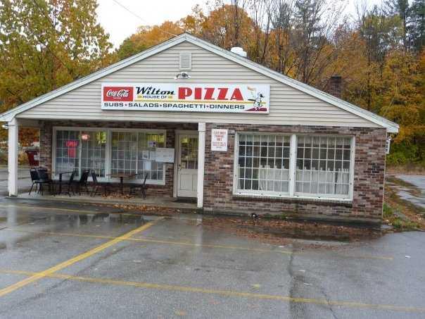 Tie-20) Wilton House of Pizza in Wilton