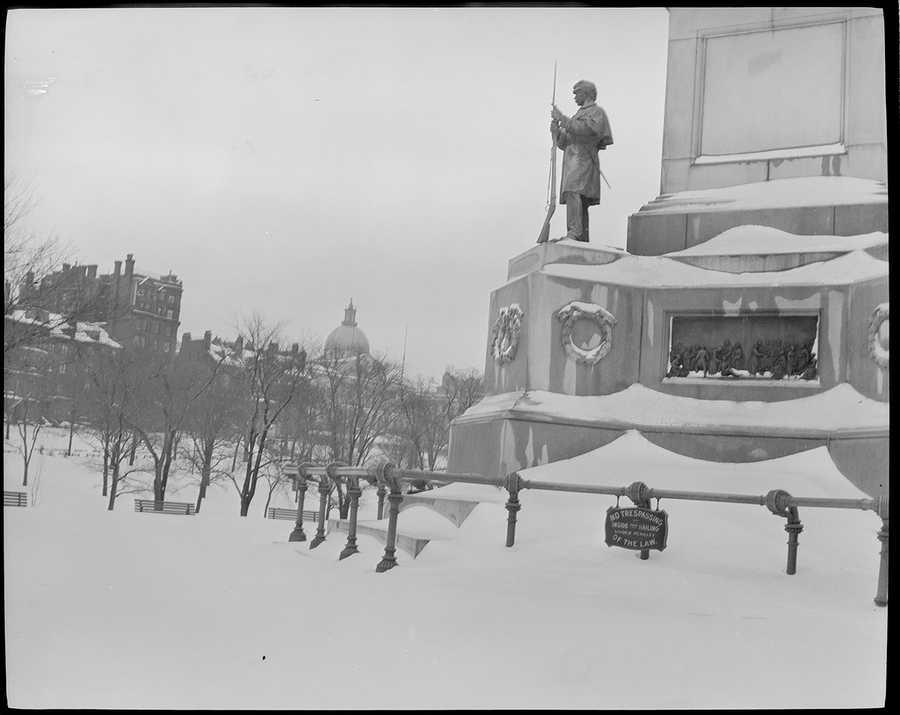 Soldiers & Sailors Monument, Boston Common, in snow