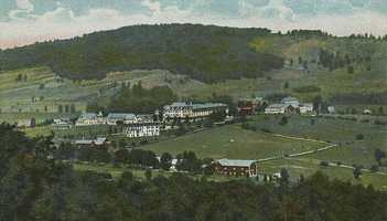 """Sugar Hill, """"To the southwest of Franconia is another favorite resort. The view from the summit of the ridge from which the village takes its name is superb. A golf course was laid out here in 1897."""""""