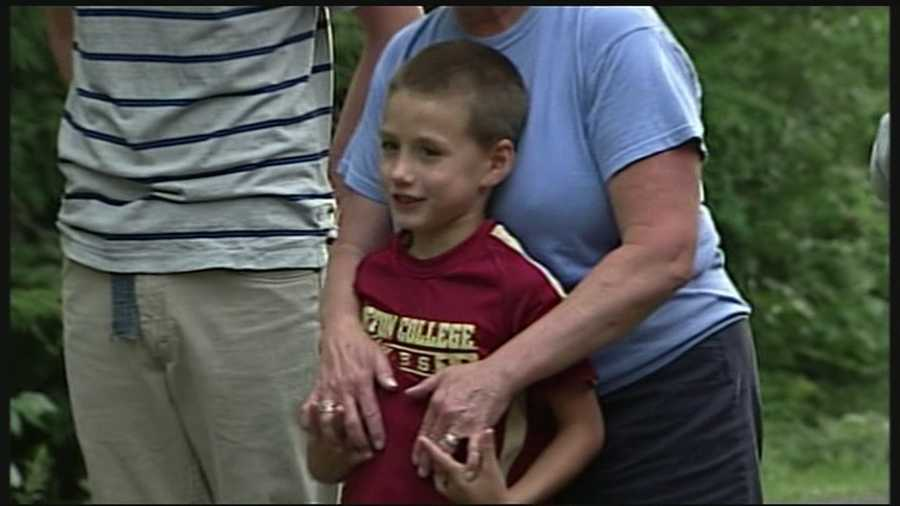 The search for a missing Goshen boy had a happy ending when another boy found the 7-year-old in the woods and helped reunite him with his family.Read more: http://www.wmur.com/page/search/htv-man/news/nh-news/police-search-for-missing-7yearold-boy-in-goshen/-/9857858/21267610/-/4v88hl/-/index.html