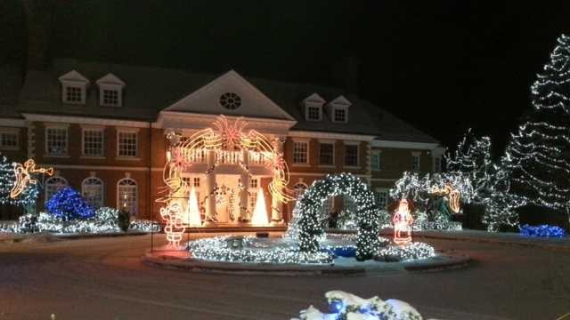 Courtyard holiday lights.jpg