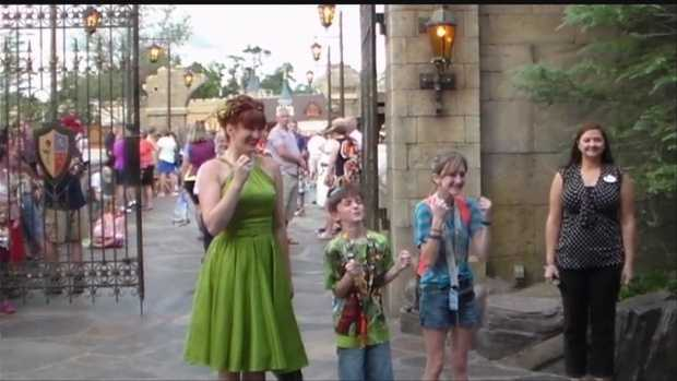 Nebraska military dad surprises kids at Disney WorldWatch: http://www.wmur.com/page/search/htv-man/news/entertainment/nebraska-military-dad-surprises-kids-at-disney-world/-/9857564/22542716/-/vig29f/-/index.html