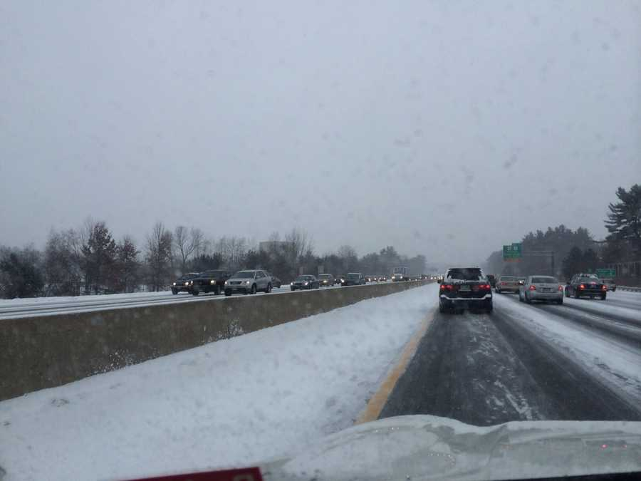 The next few photos show the conditions on the Everett Turnpike northbound in Nashua.