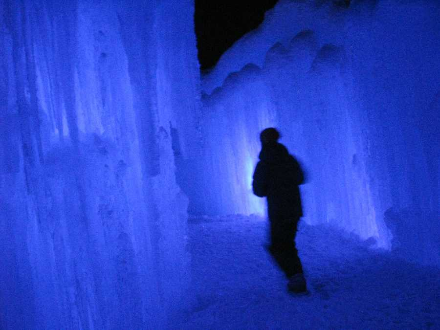 The Ice Castle was sculpted by Utah-based artist Brent Christensen using a series of lattices and sprinklers.