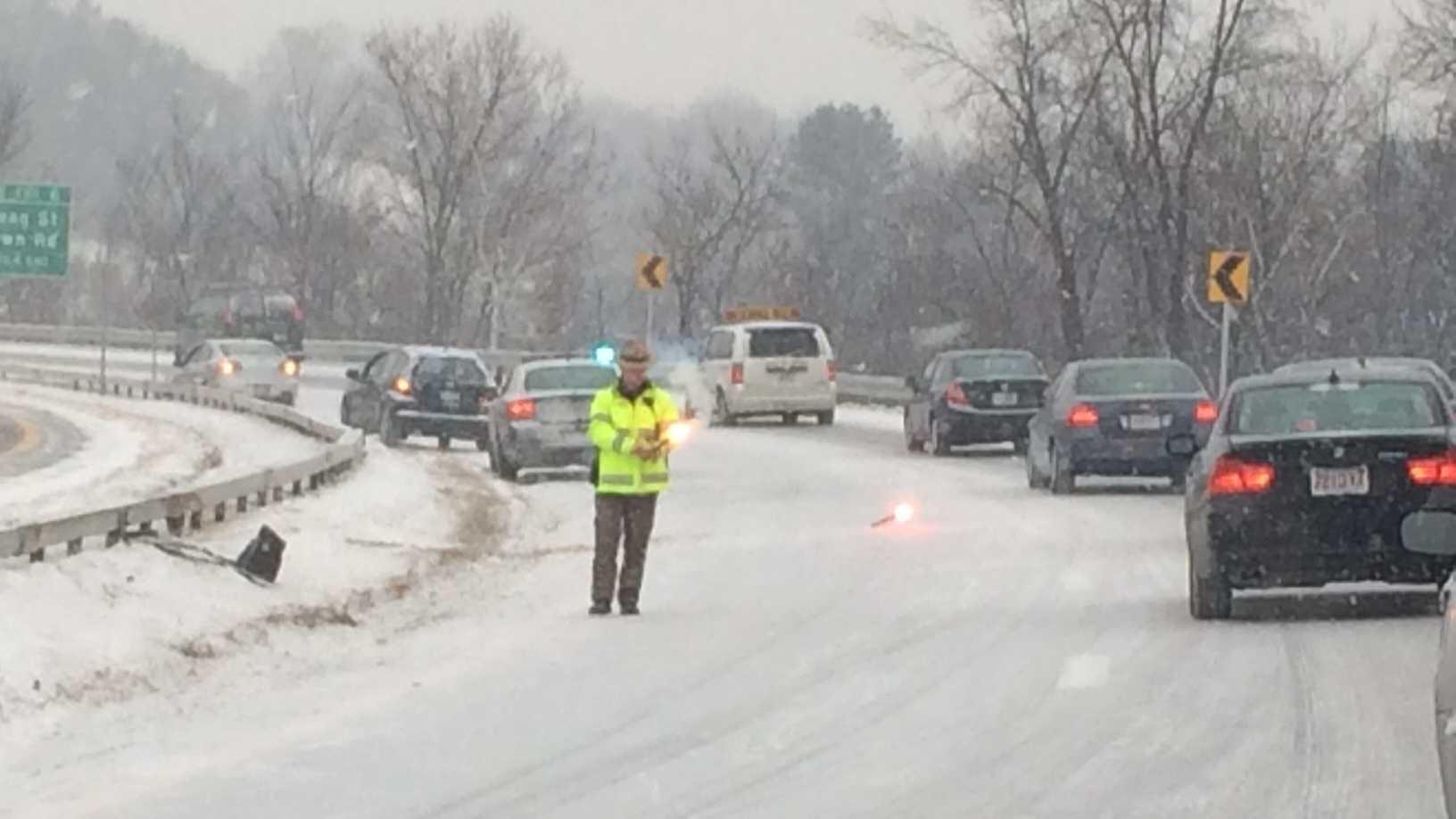 snow-traffic-293-110.JPG