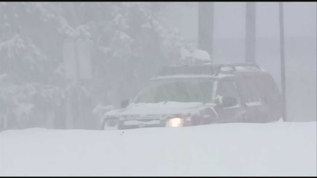 Snow blast hits New Hampshire