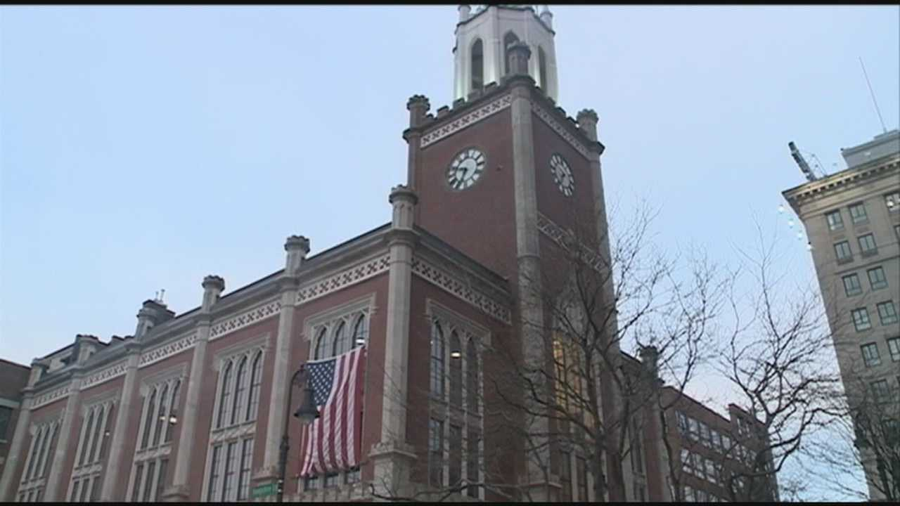 Manchester mayor presents 2015 budget proposal