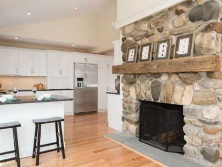 It also includes two fireplaces (one gas and one wood).