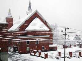 4) BerlinPercent of population born in New Hampshire: 71.2%