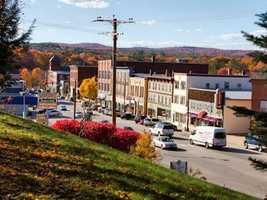 16) FranklinPercent of population born in New Hampshire: 61.3%