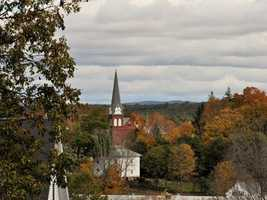 17) PittsfieldPercent of population born in New Hampshire: 60.2%