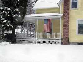 42) WinchesterPercent of population born in New Hampshire: 49.1%
