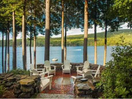 It also has 2 docks, a lakeside patio and a walking path to a private swimming spot.