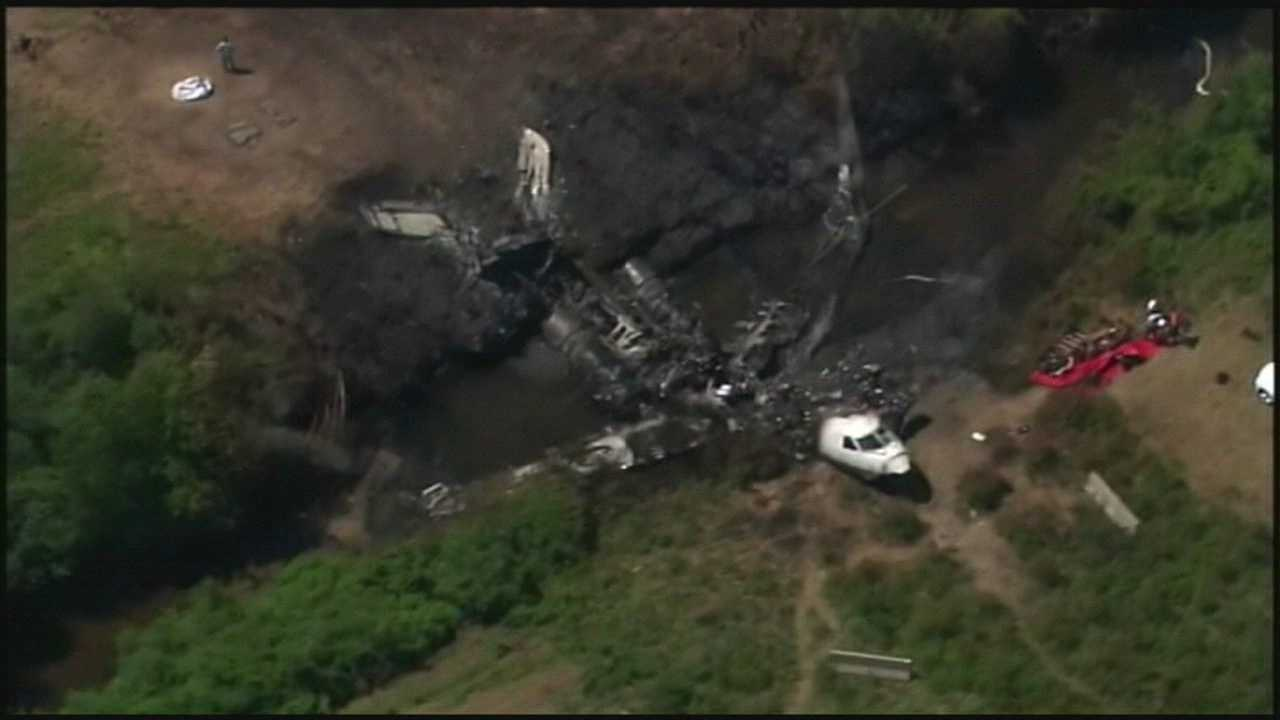 911 call from airplane crash released