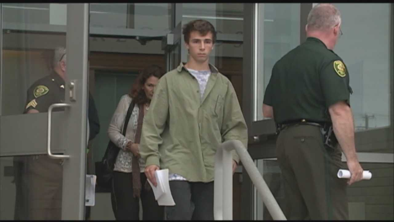 Teen faces drunk driving charge in crash