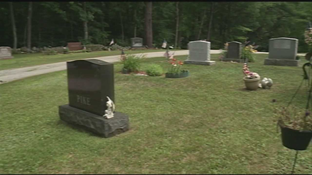 Several thefts reported at Candia cemetery