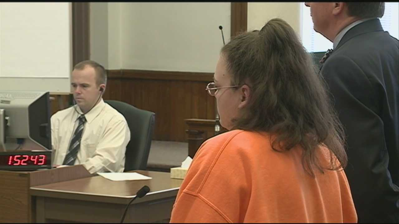 Woman sentenced for abusing young girls
