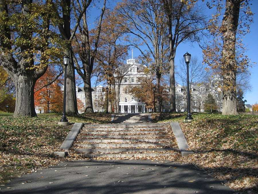 #32 (tie) Swarthmore College / PennsylvaniaCost of degree:  $174,800 / Early career salary:  $51,000/yr