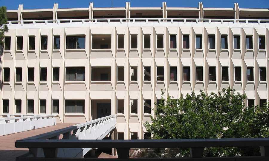 #32 (tie) University of California -- IrvineCost of degree: $192,800 / Early career salary: $48,900/yr