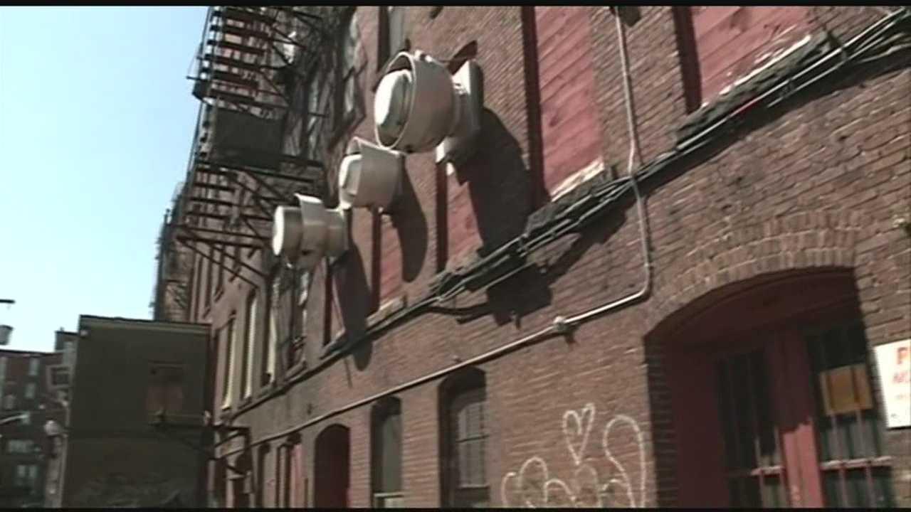 Judge, lawyers examine Concord apartment building