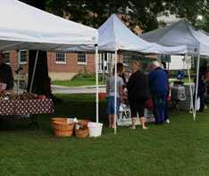 5) Newport Farmers' Market