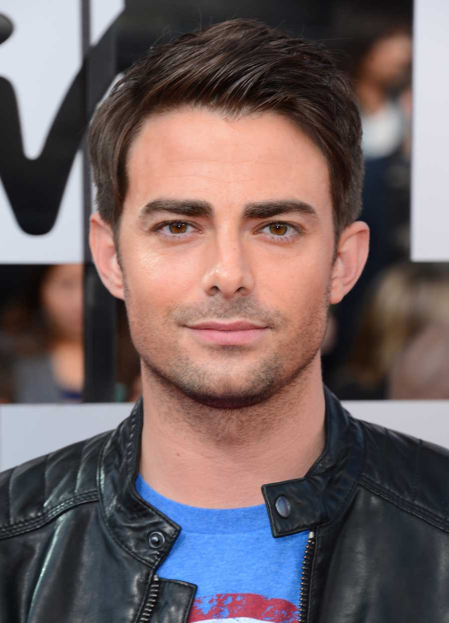 """Mean Girls"" actor Jonathan Bennett&#x3B; partnered with Allison Holker"