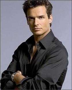 Actor-model Antonio Sabato Jr.&#x3B; partnered with Cheryl Burke