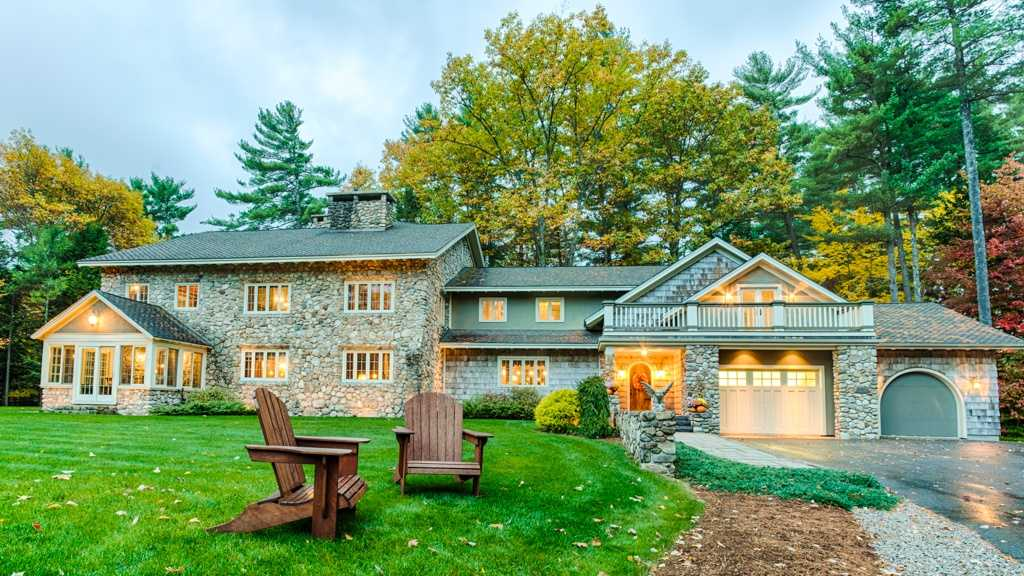 This Bartlett home on Hurricane Mountain is listed at$1,795,000.