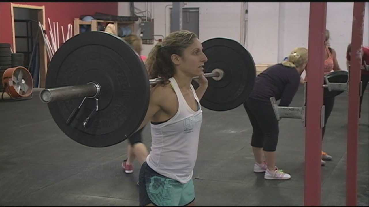 CrossFit gym owners and physical therapists say injuries can be avoided. WMUR's Kristen Carosa reports.