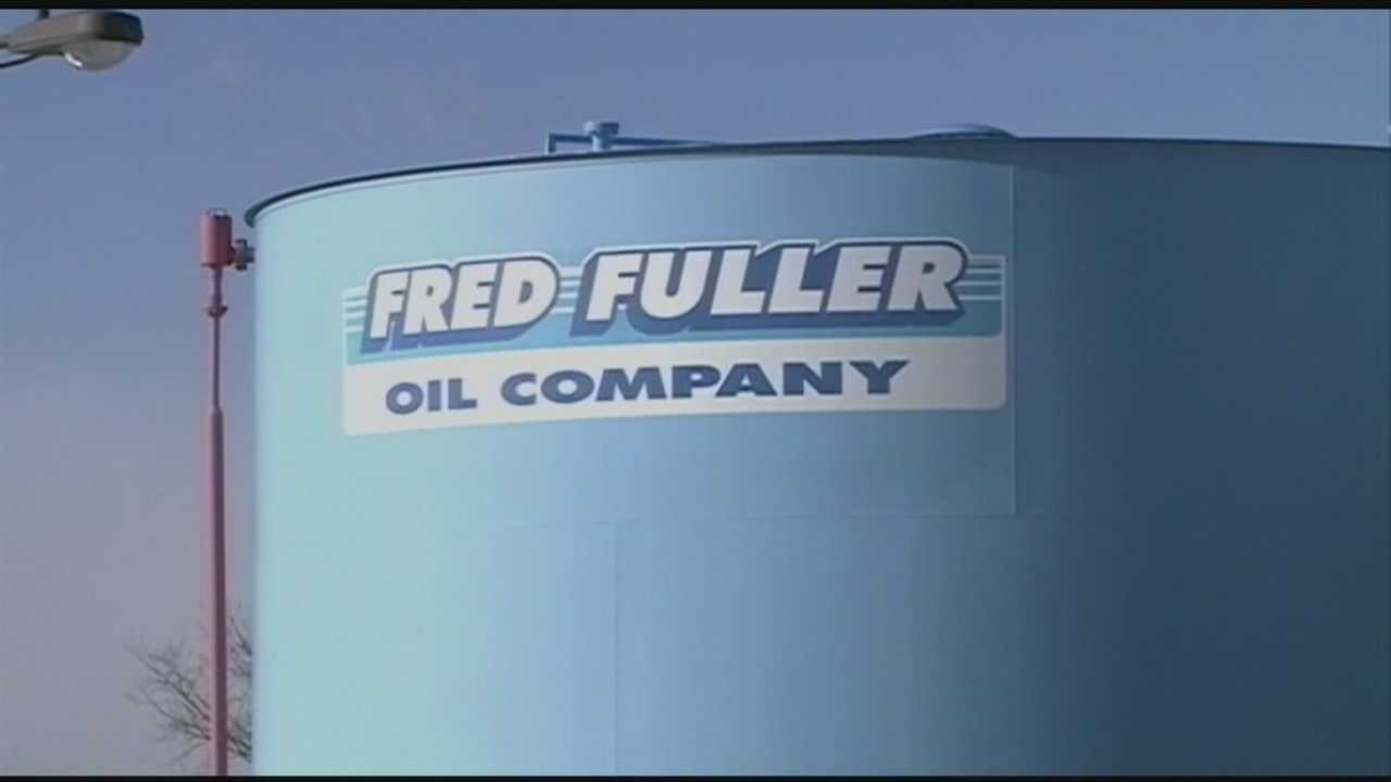 Fred Fuller Oil pushes for quick sale before company goes out of business.