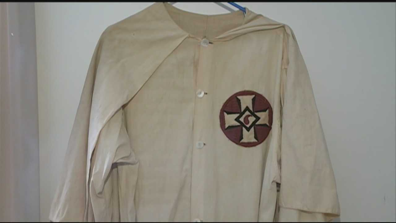 kkk robe found in rochester sells for 375 at auction