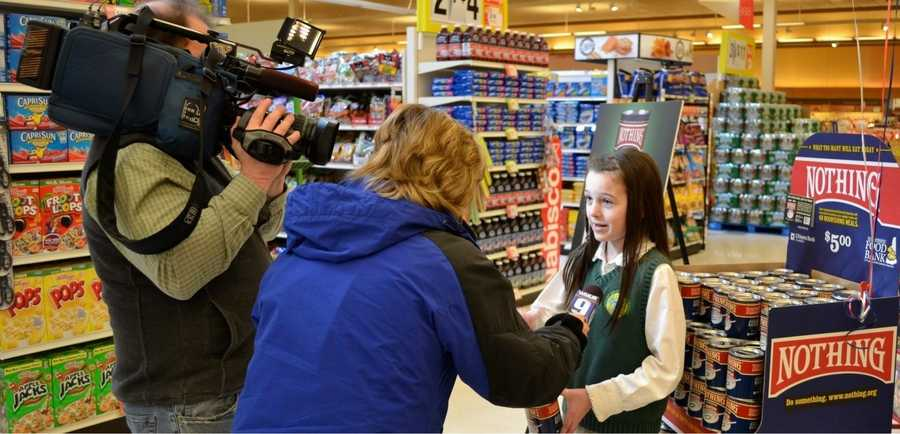 Elsa being interviewed by reporter Heather Hamel about why ending hunger is important. 2012