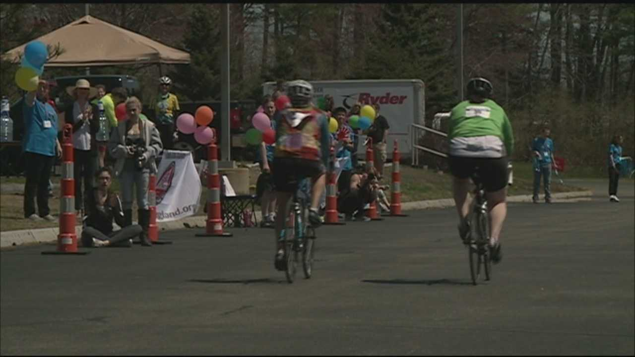 Hundreds of bicyclists hit New Hampshire's Seacoast for the 6th annual 'Cycle the Seacoast' benefiting the New Hampshire Lung Association.