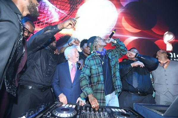Kraft on stage with Wiz Khalifa