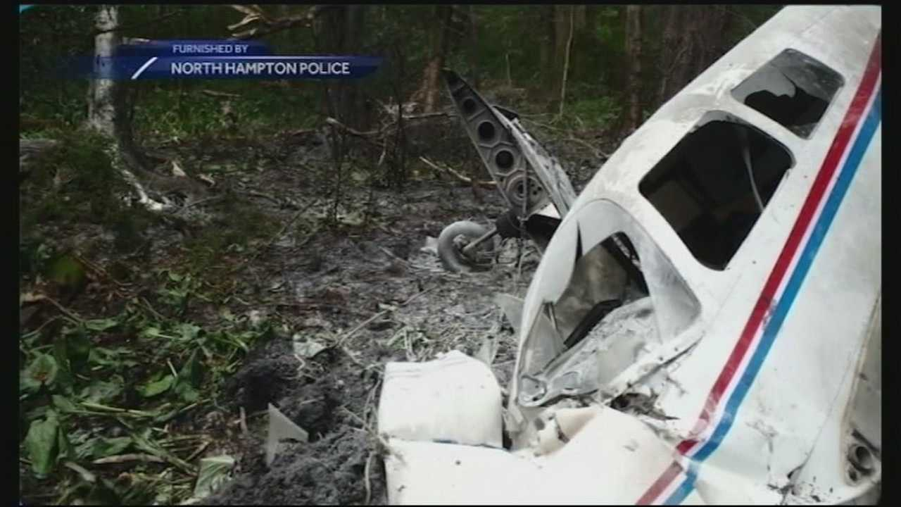Investigators are trying to determine what caused a small plane to crash over the weekend in North Hampton.