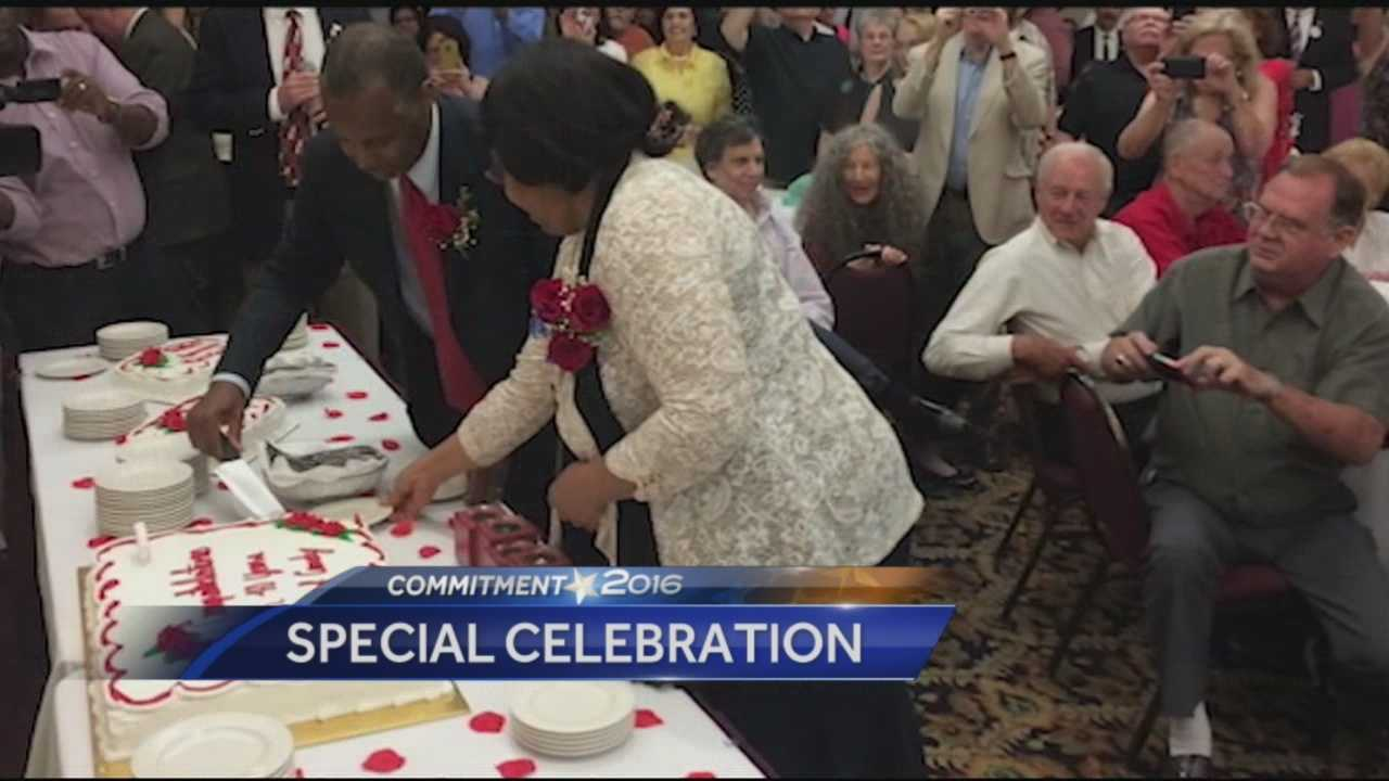 Republican presidential candidate Dr. Ben Carson and his wife, Candy, marked their 40th wedding anniversary Monday night by celebrating in New Hampshire.