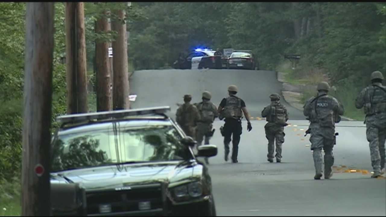 Pelham Police ordered people to stay in their home as they searched for a suicidal teen with a gun walking around in their neighborhood. .